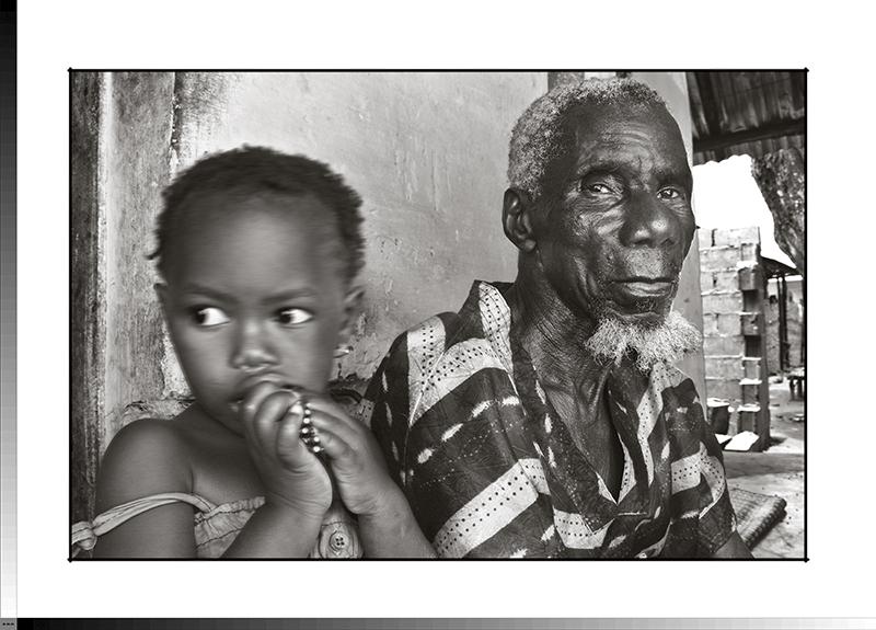 307 Cheni Camará con su nieta Djono