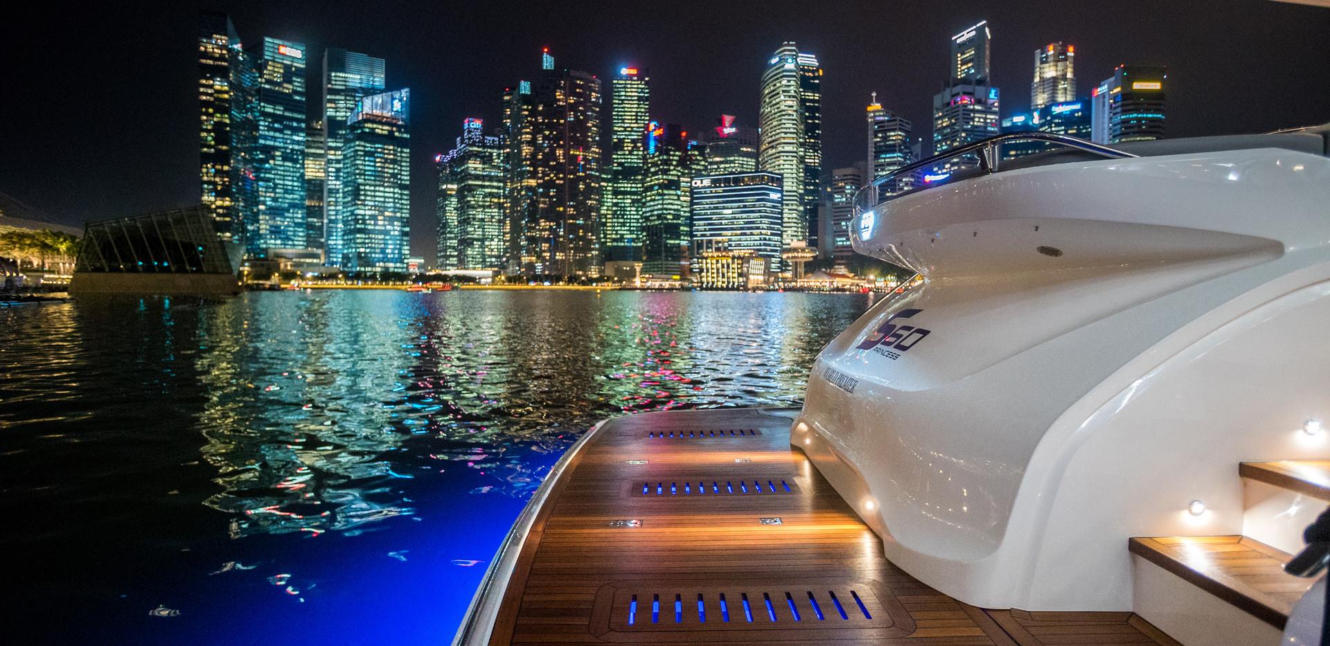 s60-exterior-white-hull-09Abromowitz Sha