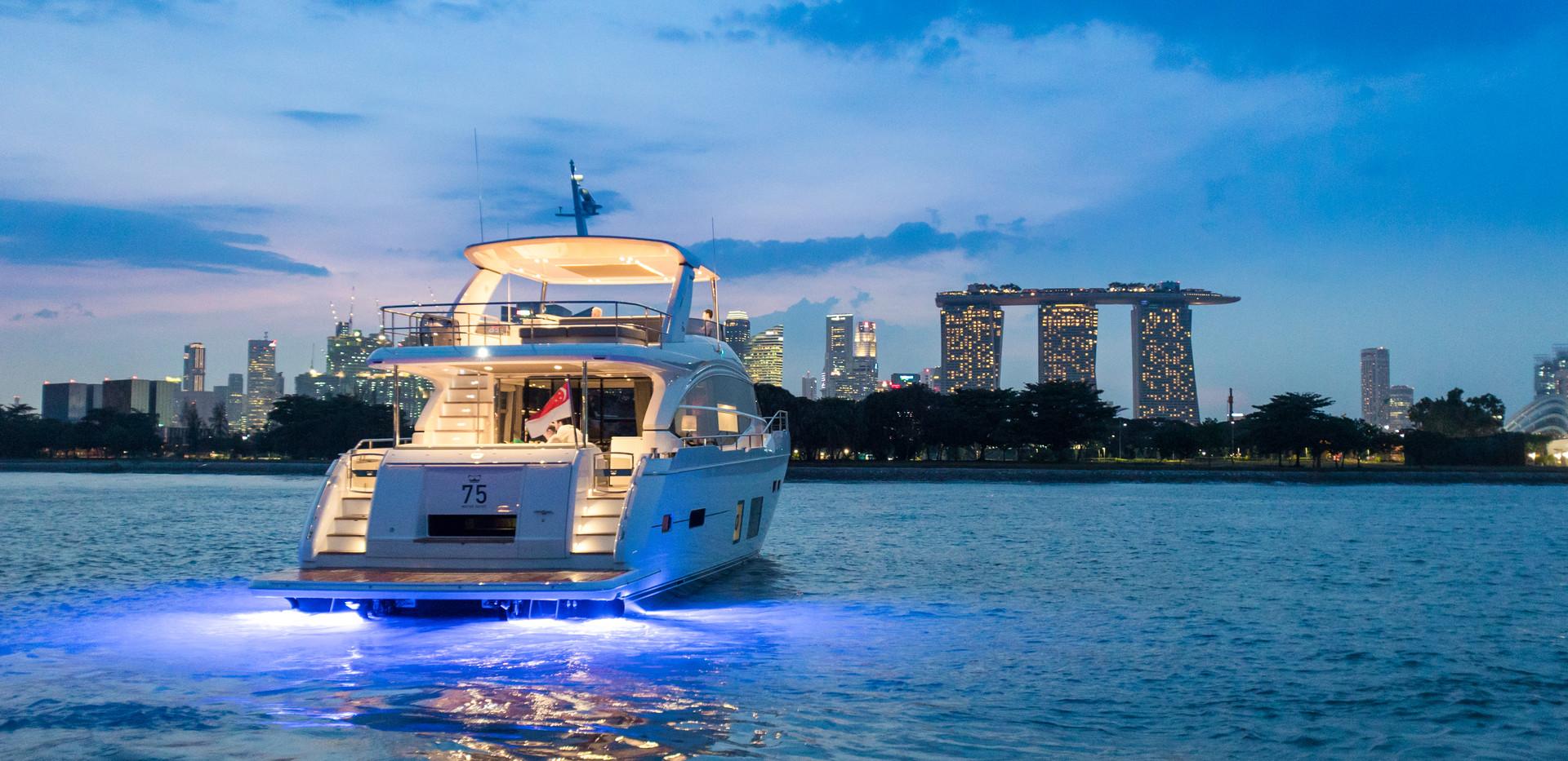 75-exterior-white-hull-4Abromowitz Sharp