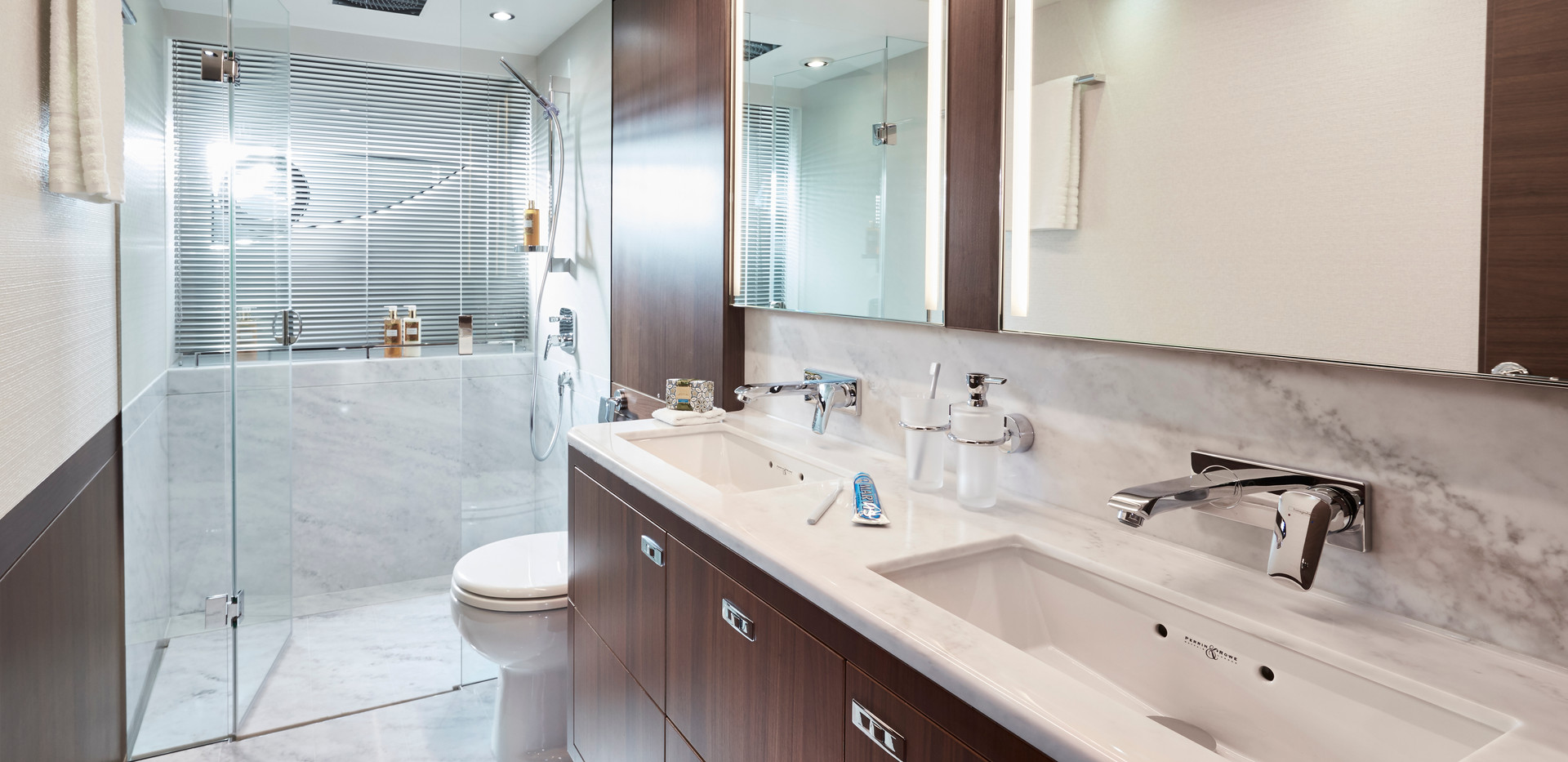 s78-interior-owners-bathroomAbromowitz S