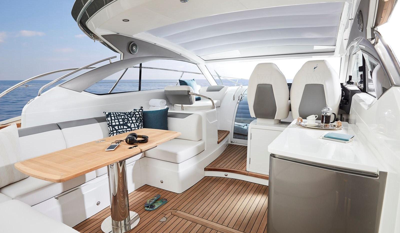 v40-exterior-main-deck-2-copyAbromowitz