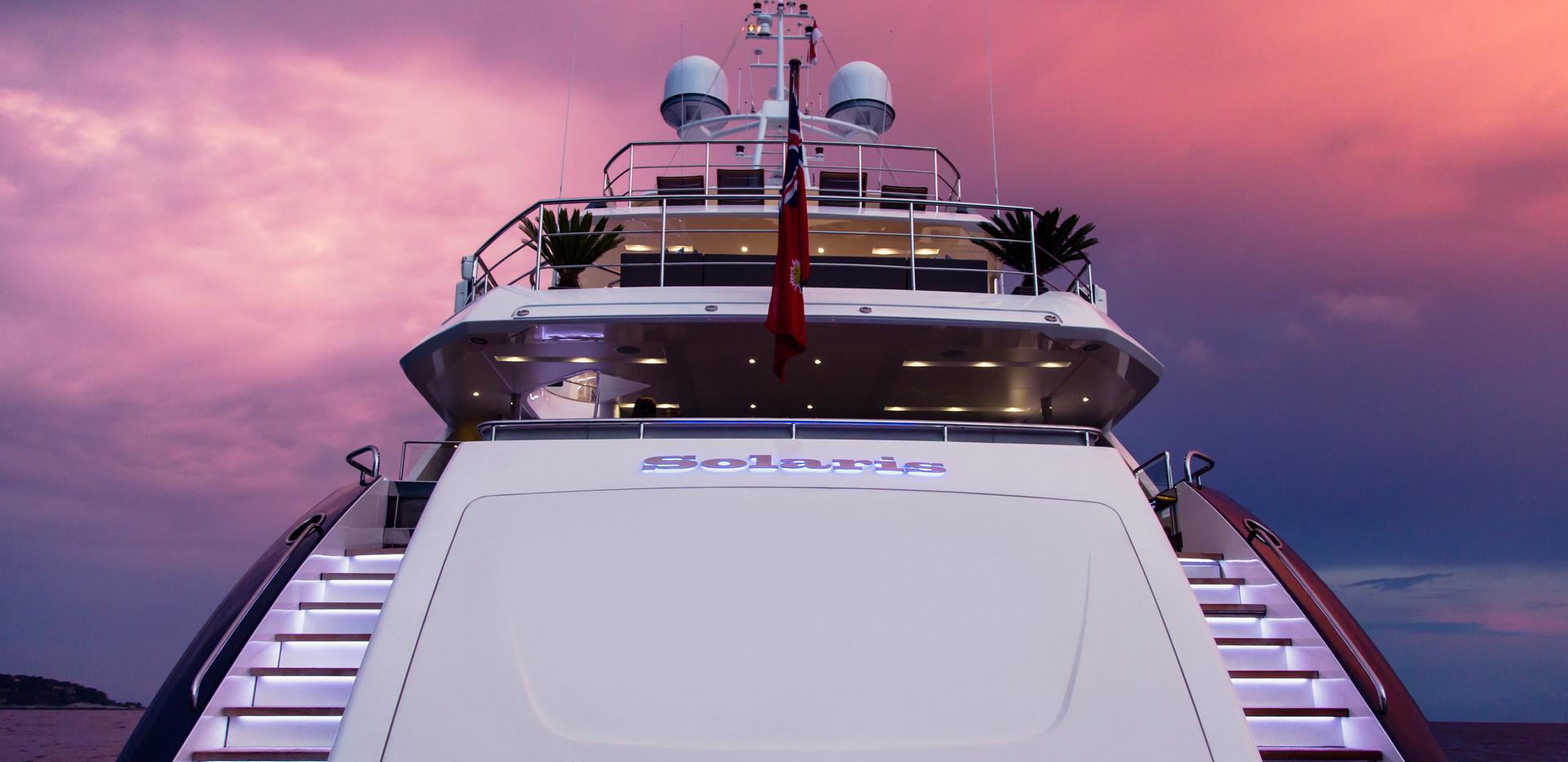 40m-exterior-blue-hull-solaris-18Abromow