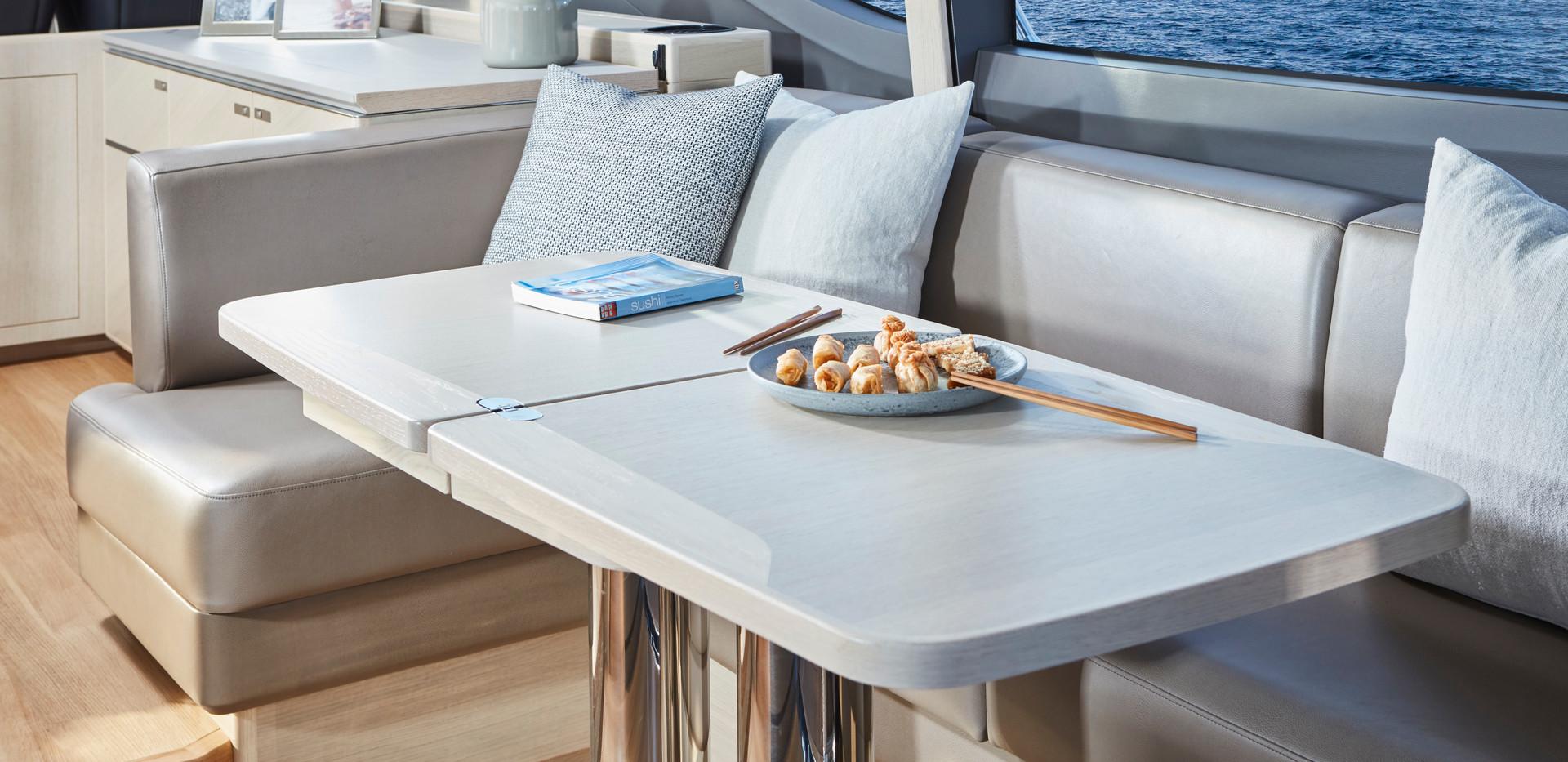 v60-interior-dining-area-alba-oak-satinA