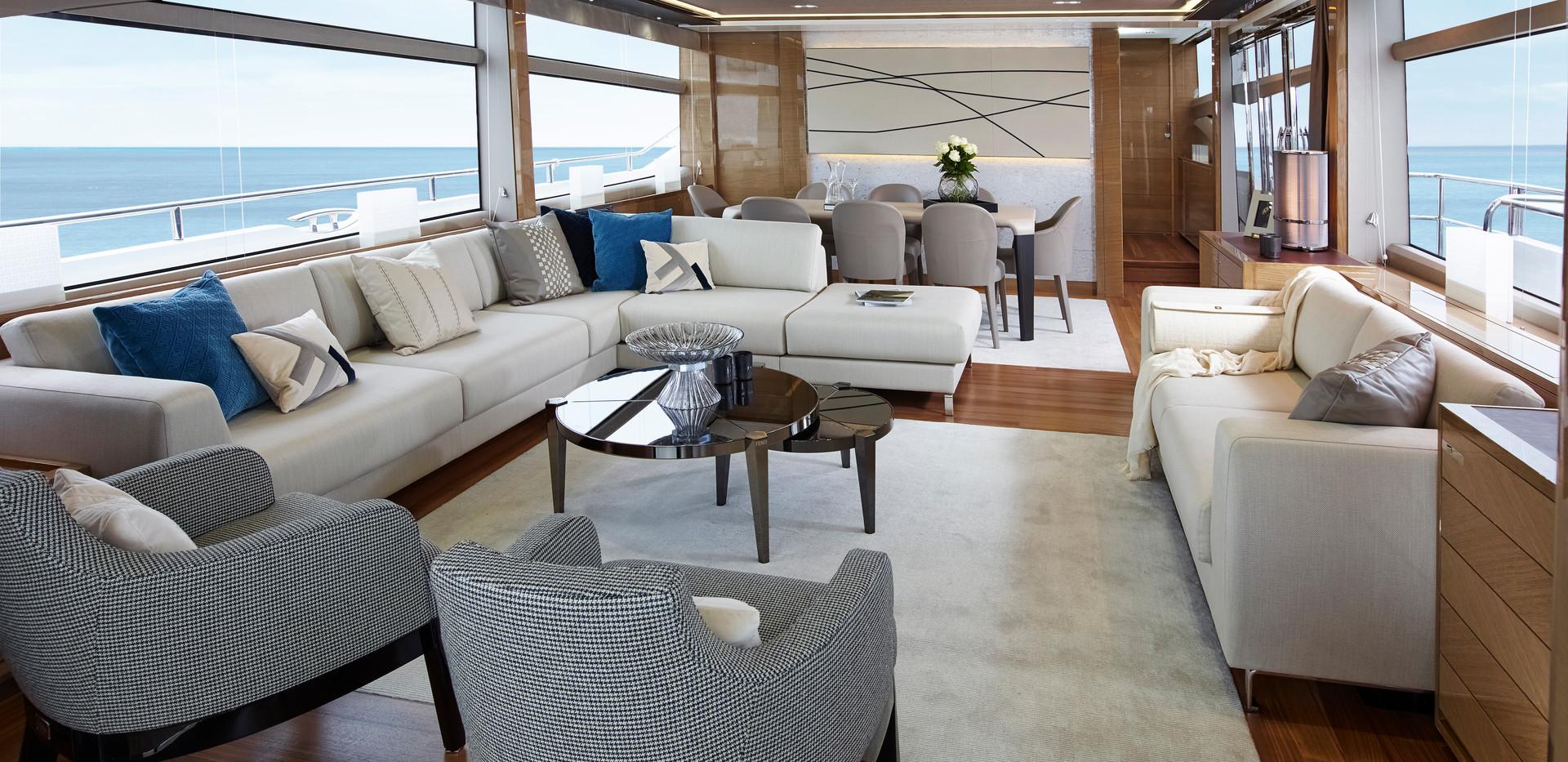 88-motor-yacht-interior-saloon-rovere-oa