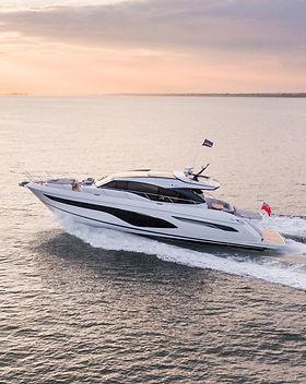 v60-exterior-white-hull-9Abromowitz Shar