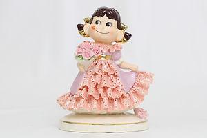 「ペコちゃんレース人形」