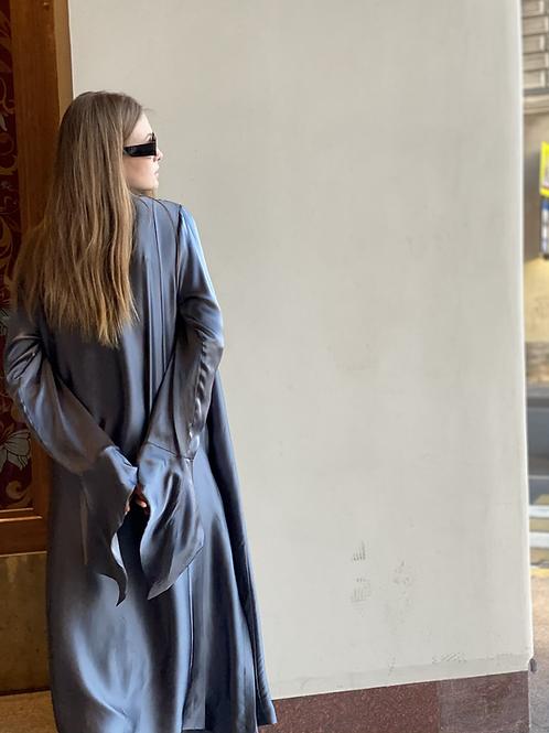 Laura silk jacket and pants set