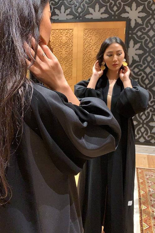 The elastic sleeves abaya