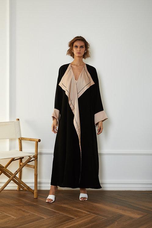 The oversized silk collar