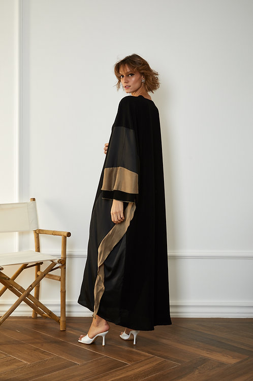The ruffle side bisht