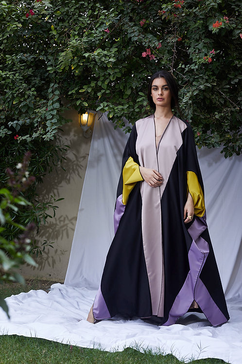 The Golden Silk Sleeves Bisht