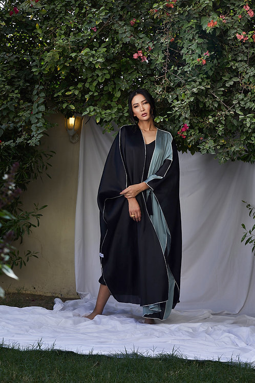 The silk bisht with tassel