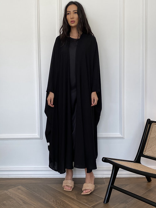 The vintage bisht abaya