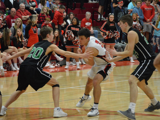 WAPAHANI FINDS FOURTH QUARTER USEFUL AT HOME AGAINST YORKTOWN