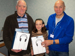 Bethan raises funds by making Xmas cards
