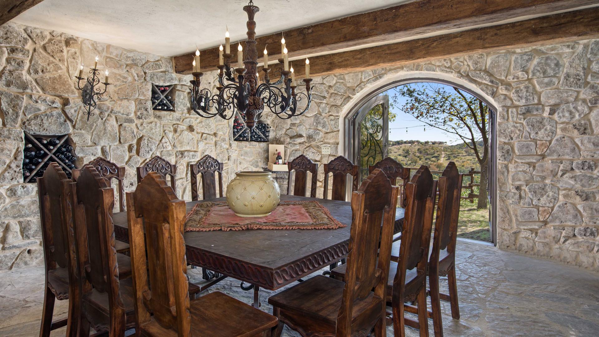 wineroom (5).jpg