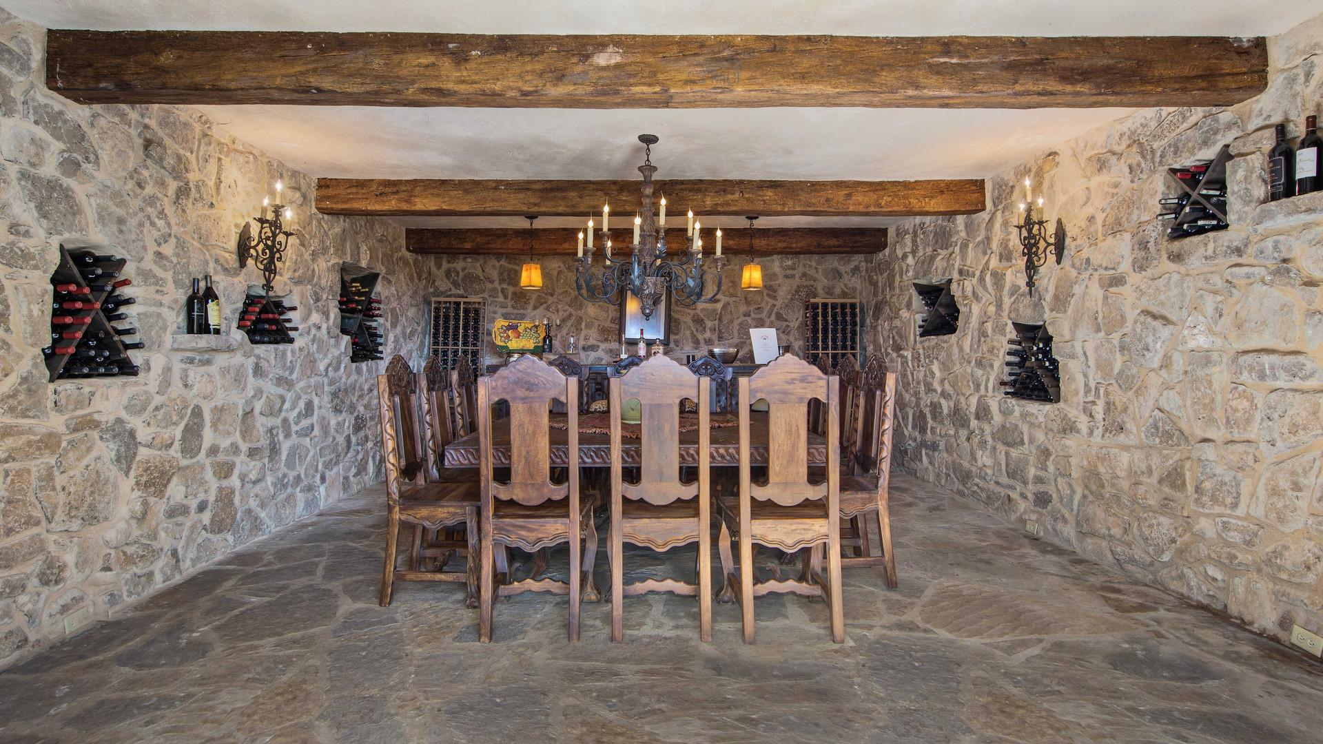 wineroom (1).jpg