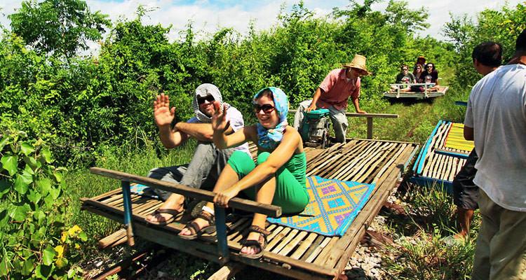 cambodia-battambang-bamboo-750x400.jpg