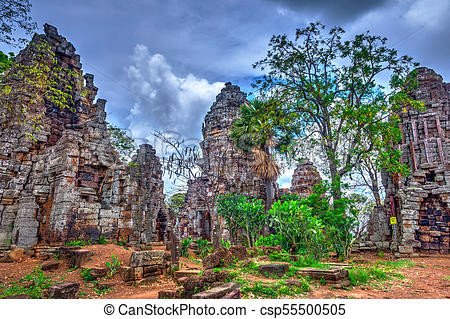 wat-banan-temple-battambang-stock-photog
