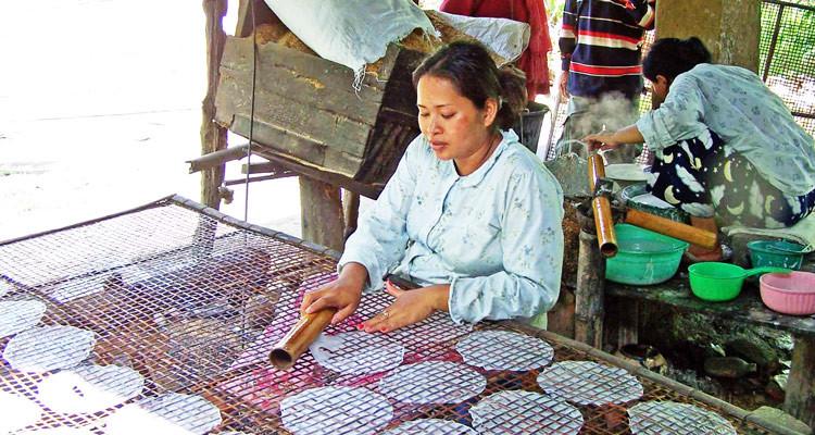 making-rice-paper-village-battambang-750