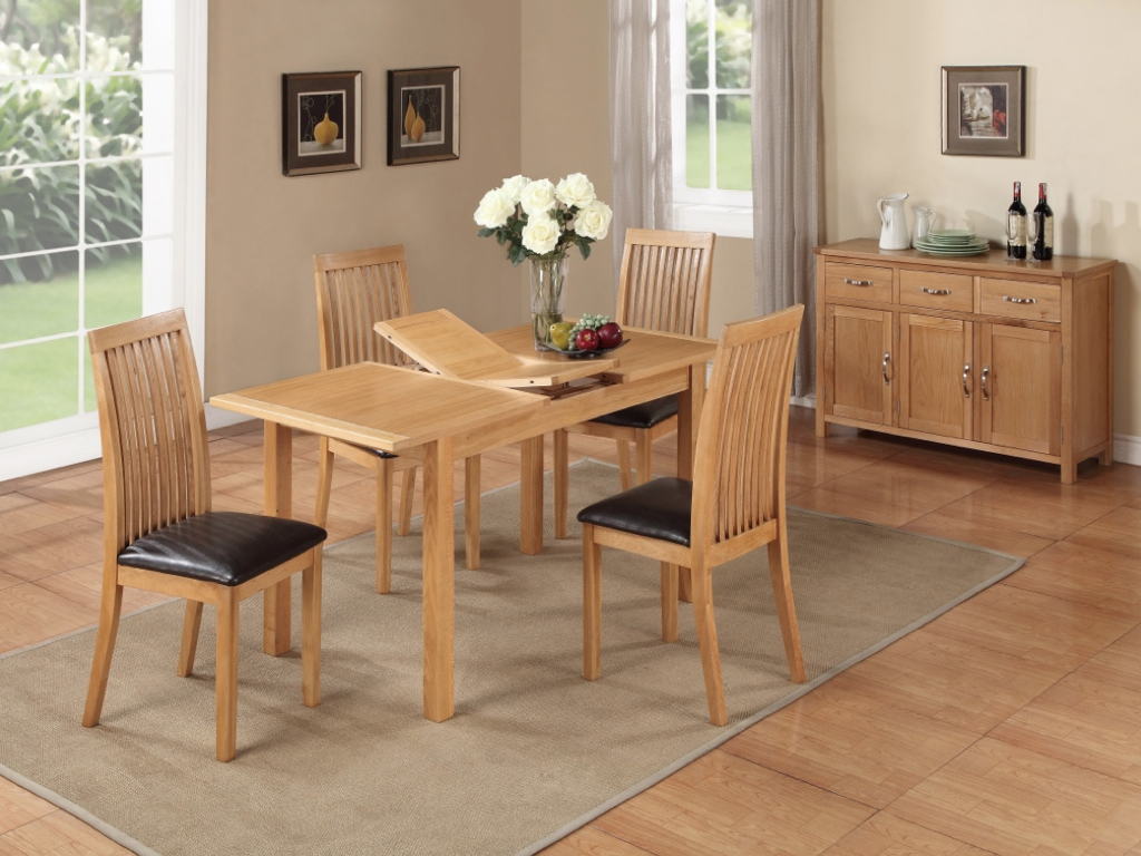 HARTFORD CITY OAK DINING SET