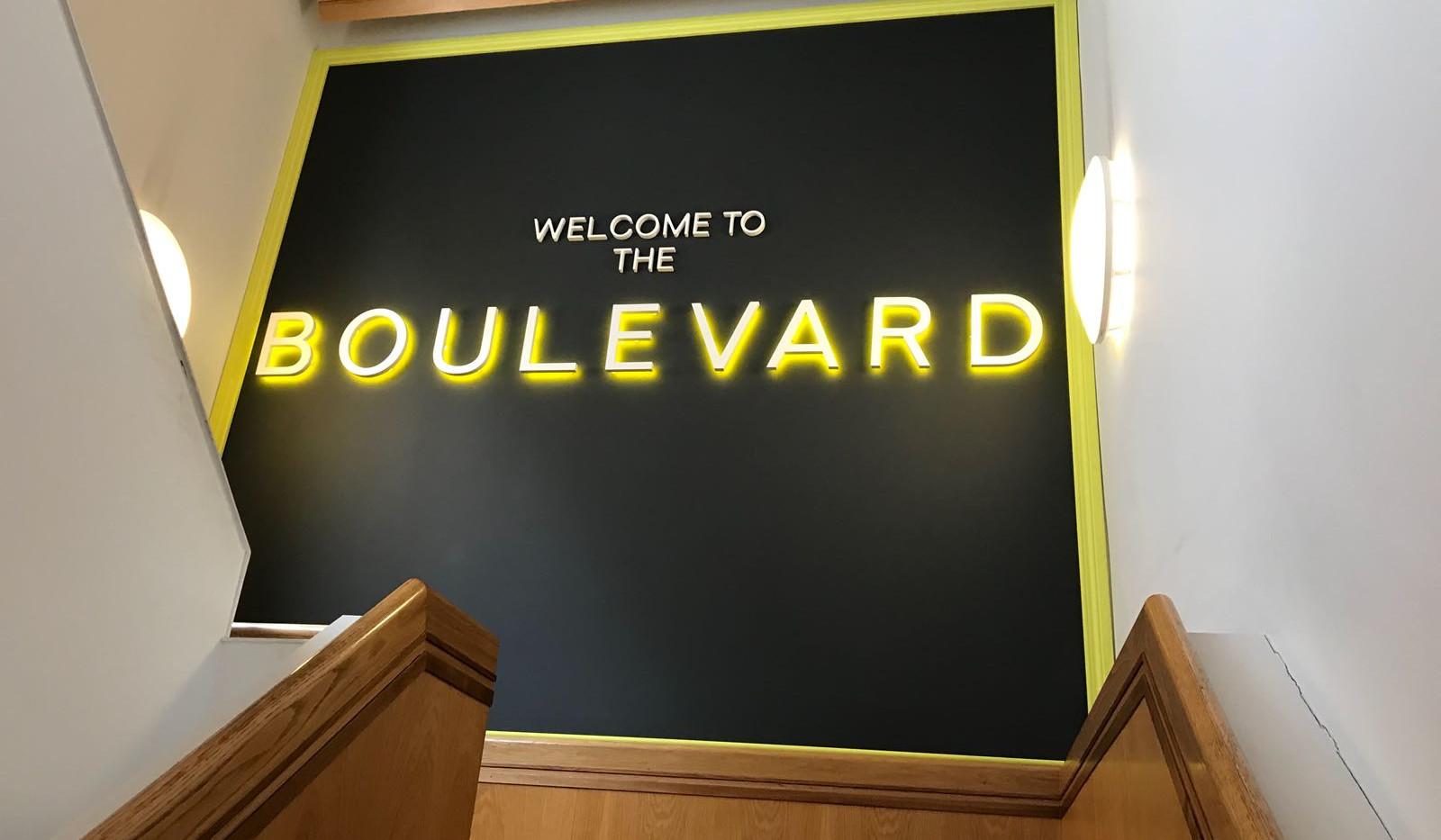 Boulevard 2.JPG