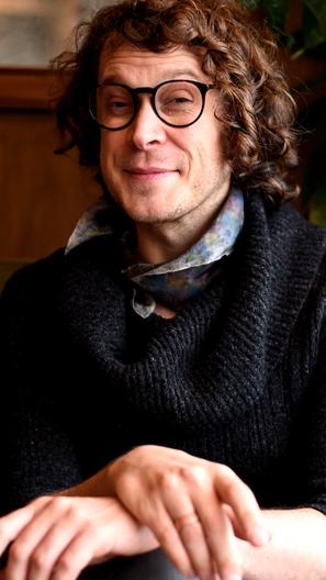 Dr Clair Le Couteur e il pensiero non-binario