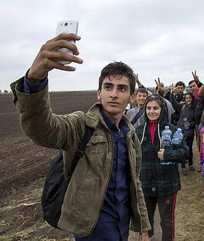 Migrant-crisis-Syria-selfie-342999.jpg