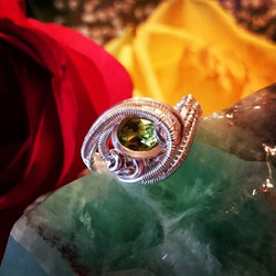 Beautifully faceted #peridot #sterling #silver #wirewrapped #ring #sterlingsilver size 6-6
