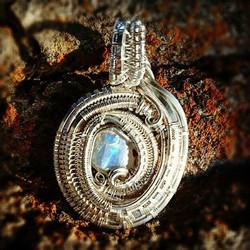 A gorgeous lil #opal piece to feast your eyeballz on! #sterling #silver #wirewrap #sterlingsilver #w