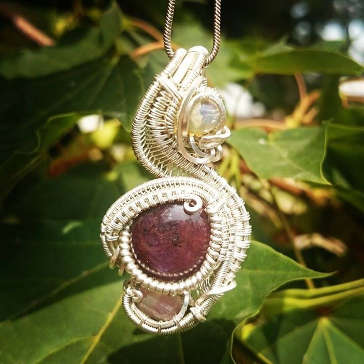 #stargarnet #pinktourmaline #opal #sterling #silver #sterlingsilver #wirewrapped #pendant #supaclean