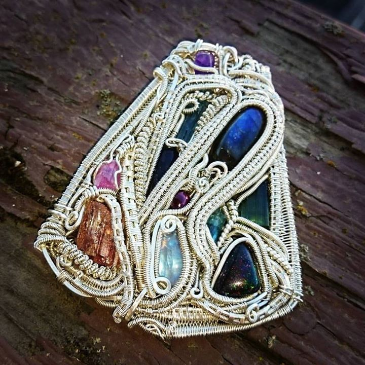 Super #heady #chunky #sterling #silver  #sterlingsilver #wirewrapped #medallion #pendant #wirewrap #