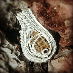 Perfect lil gift for that #November #birthday! #sterlingsilver #wirewrapped #pendant #topaz #imperia