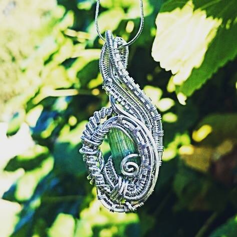 #sterling #silver #wirewrapped #pendant #sterlingsilver #wirewrap #wireart #greentourmaline #wirewra
