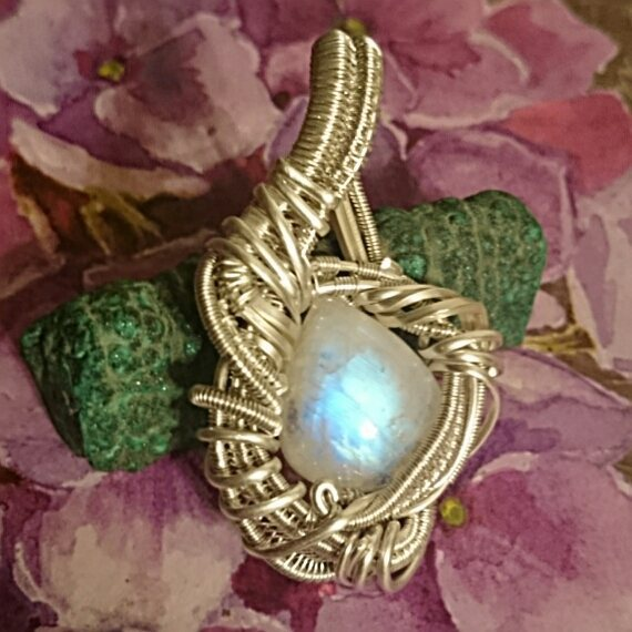 #classy #supafresh #supaclean #moonstone #sterling #silver #wirewrapped #pendant #sterlingsilver #wi