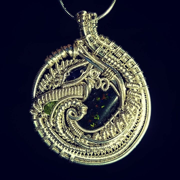 Just finished up this #sterling #silver #wirewrappedpendant #sterlingsilver #wirewrapped #pendant #m