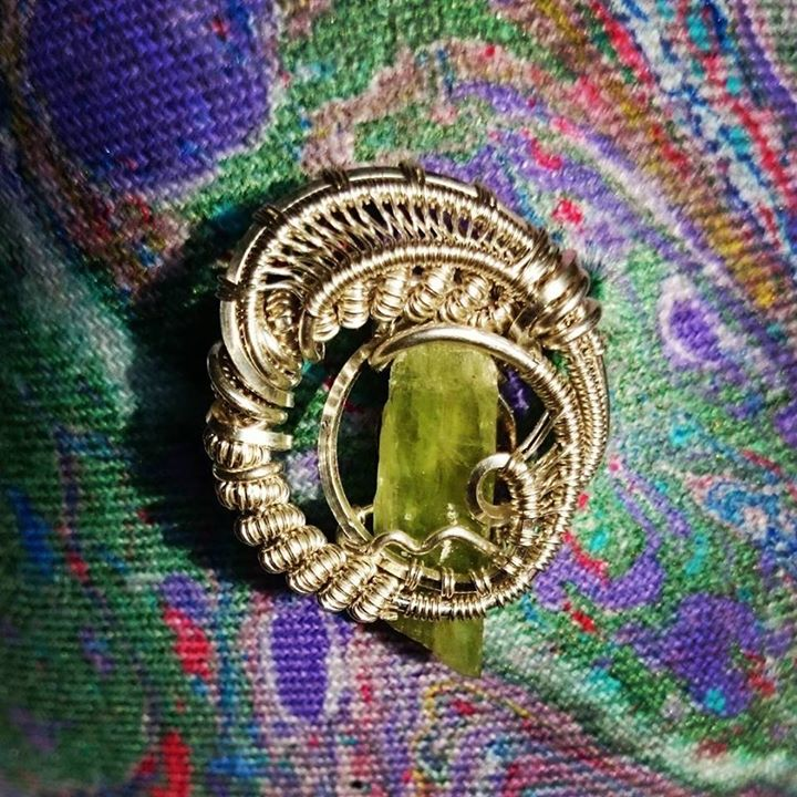 #hatpins! #sterling #silver #wirewrapped #greenkyanite #green #kyanite #hatpin #sterlingsilver #wire