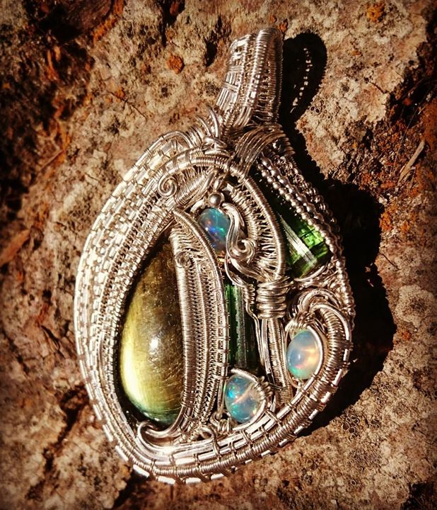This one kept me up til 4am! #sterlingsilver #wirewrapped #pendant #labradorite #greentourmaline X2