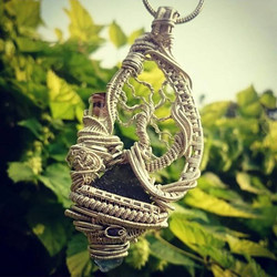 Still available #supafresh #supaclean #heady #wirewrapped #treeoflife #pendant #sterlingsilver #wire
