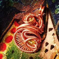 #copper #wirewrapped #minipendant #peridot x2 #wirewrap #wireart #wirewrappedpendant #wirewrappedjew