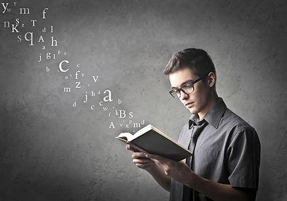 kitap-okuyan-adam.jpg