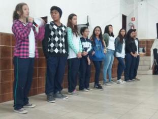 Grêmio pede apoio da comunidade em reunião de pais, na lutar por professor de Ciências.