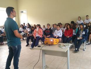 IFSP realiza palestra para os nonos anos