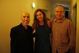 Con Juan Manuel Serrat y su mujer Candela
