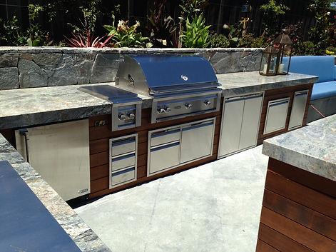 Outdoor Kitchen, Grill, Side Burner