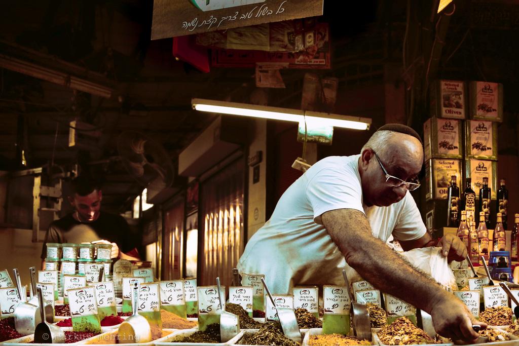 carmel market _ Tuesday 08