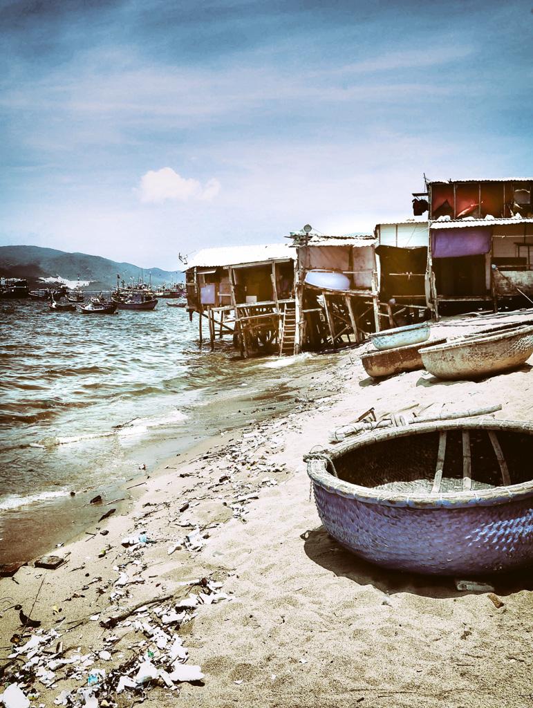 VN fishing village 10