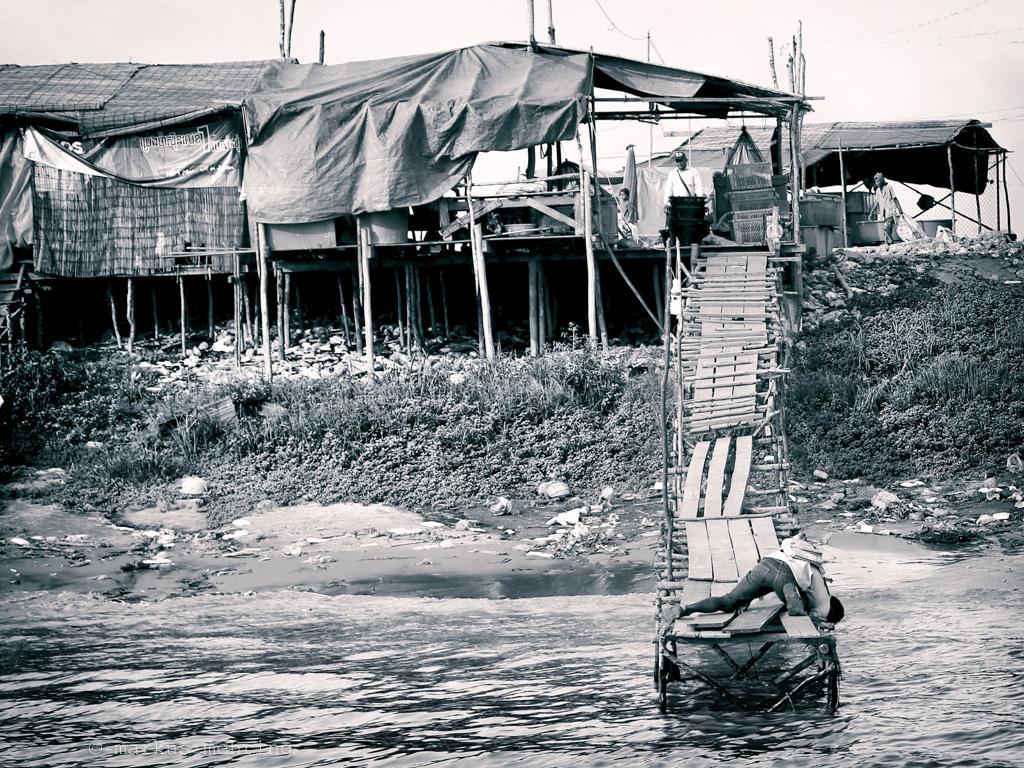 cb floating village II 05