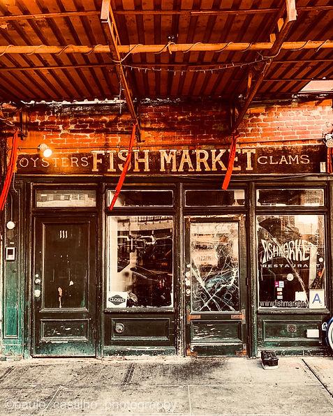 Fish_market_restaurant.jpg