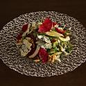 セロリ、クルミ、ゴルゴンゾーラのサラダ